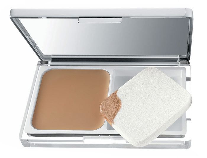 Clinique Even Better Cosmetic 10ml 18 Sand Compact Makeup SPF15