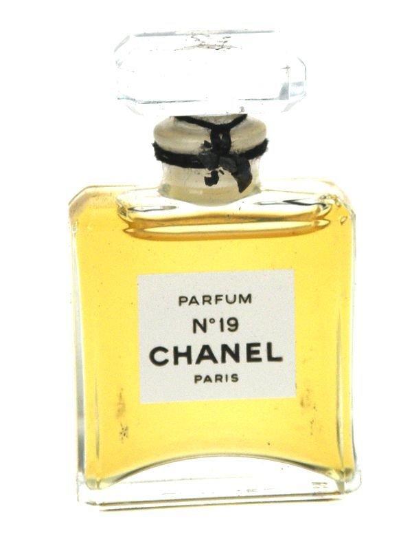 Chanel No. 19 Parfem 7ml