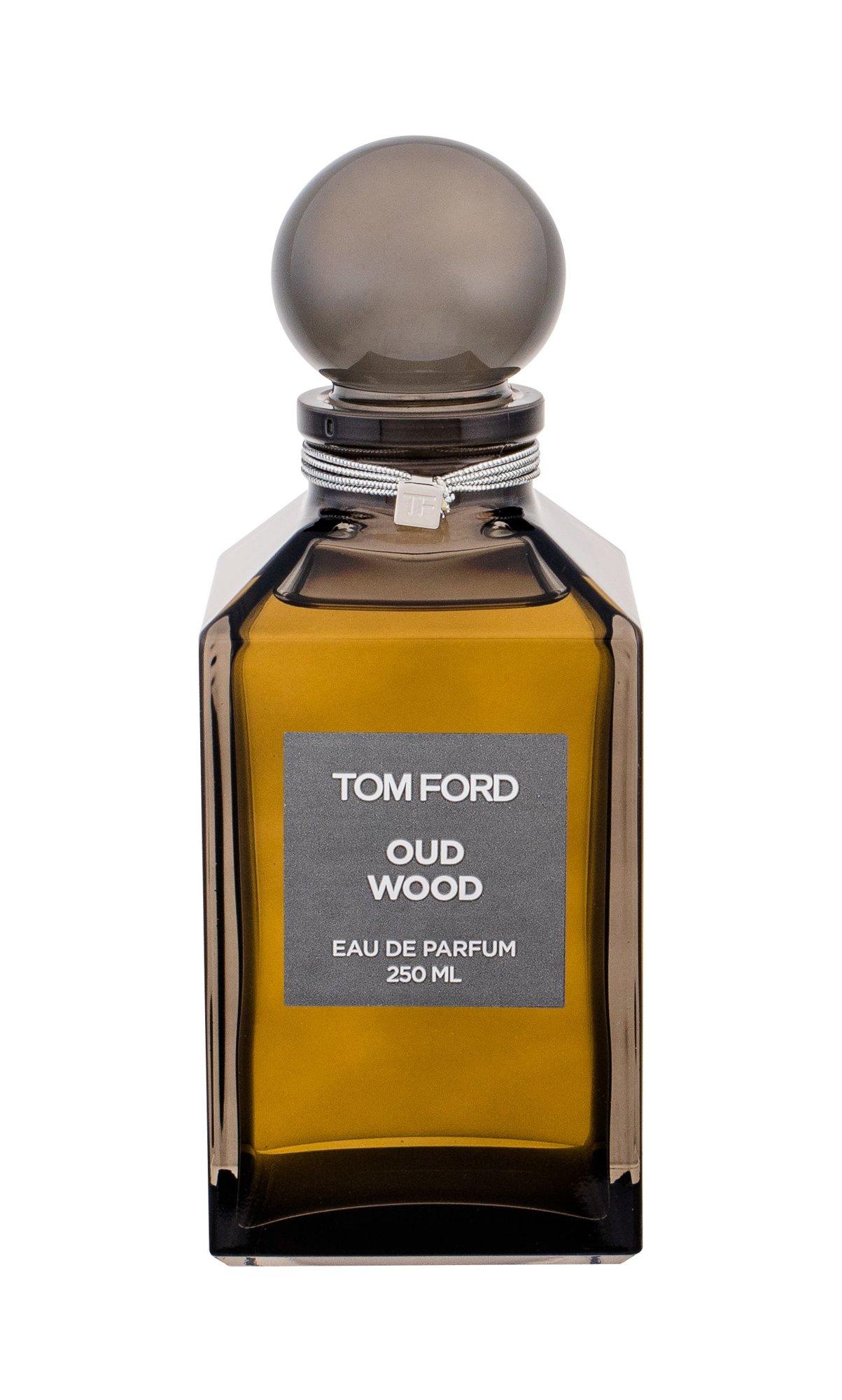 TOM FORD Oud Wood Eau de Parfum 250ml